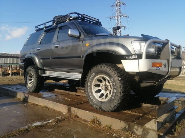 Toyota Hilux Surf, 1995 год, 599 000 руб.