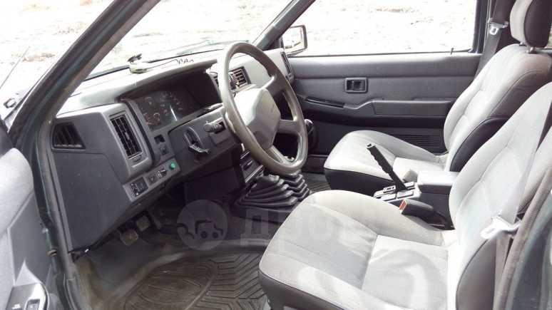 Nissan Terrano, 1994 год, 450 000 руб.