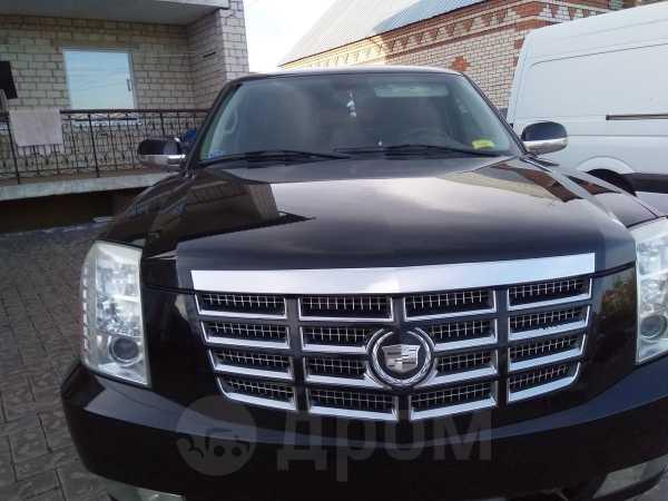 Cadillac Escalade, 2007 год, 930 000 руб.