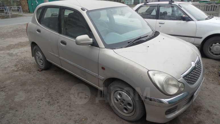 Daihatsu Storia, 2003 год, 150 000 руб.