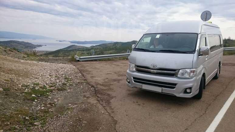 Toyota Hiace, 2013 год, 1 870 000 руб.