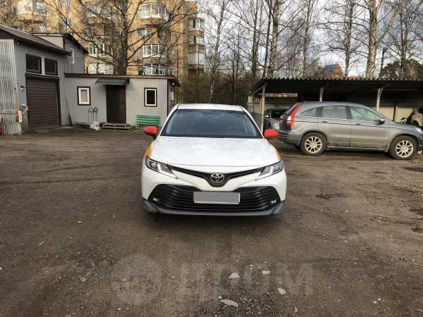 Toyota Camry, 2019 год, 1 570 000 руб.