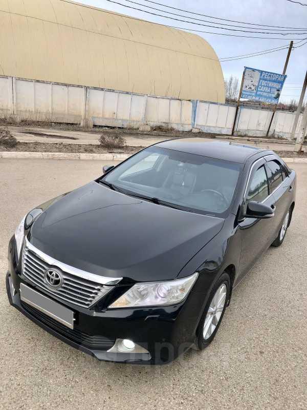 Toyota Camry, 2012 год, 867 000 руб.
