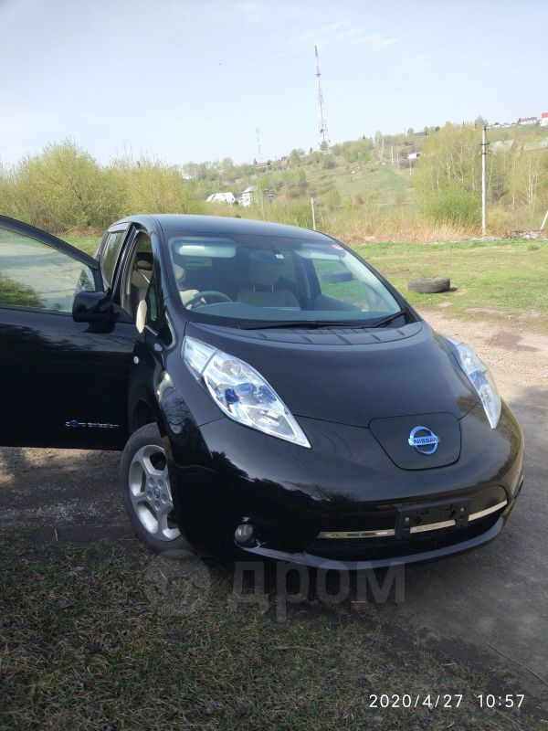 Nissan Leaf, 2011 год, 407 000 руб.