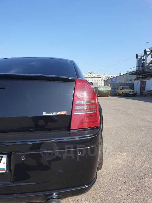 Chrysler 300C, 2006 год, 800 000 руб.