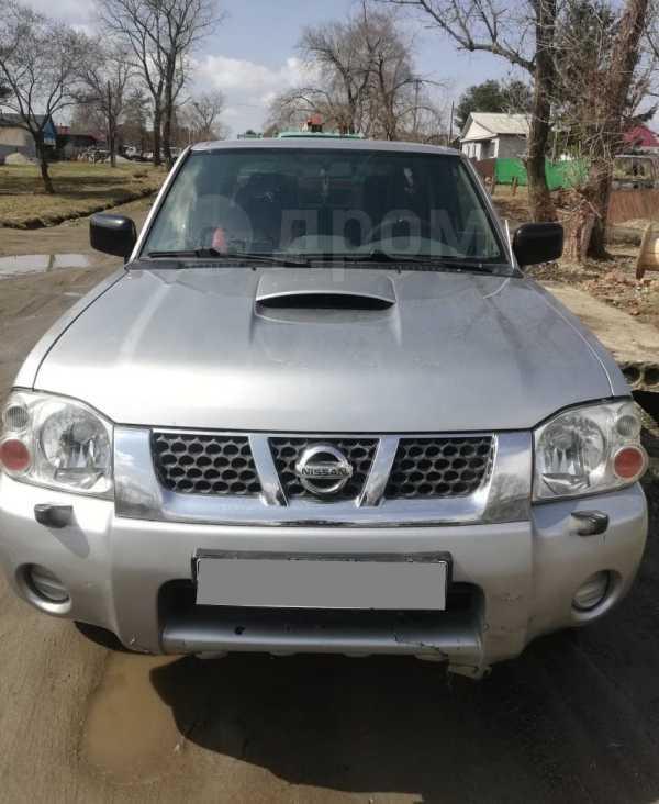 Nissan NP300, 2008 год, 565 000 руб.
