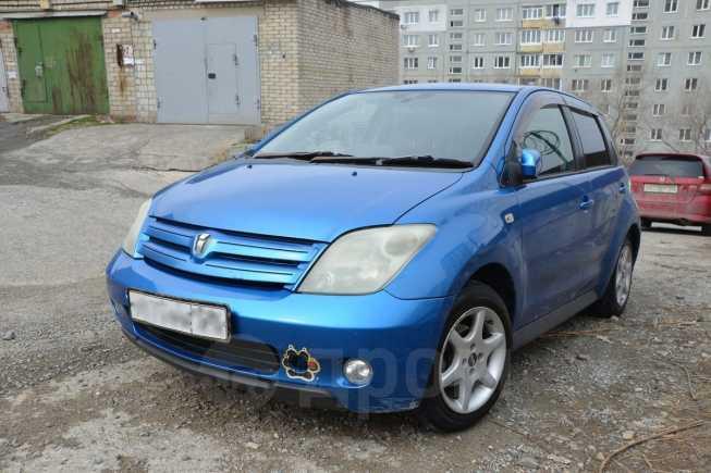 Toyota ist, 2002 год, 255 000 руб.