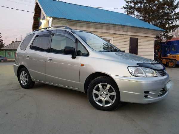 Toyota Corolla Spacio, 2000 год, 320 000 руб.