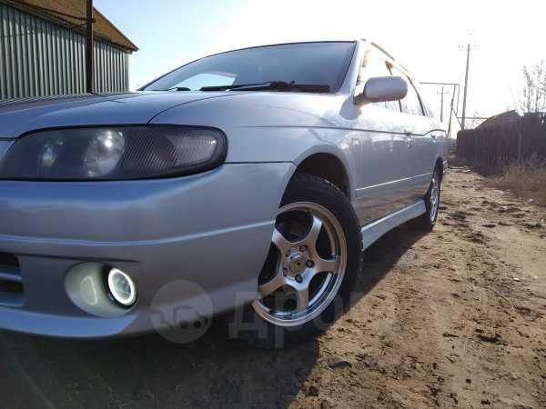 Nissan Avenir, 2000 год, 230 000 руб.