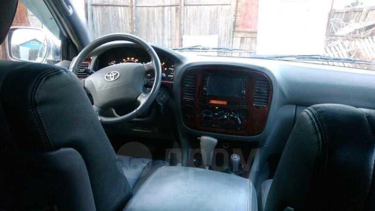 Toyota Land Cruiser, 2000 год, 825 000 руб.