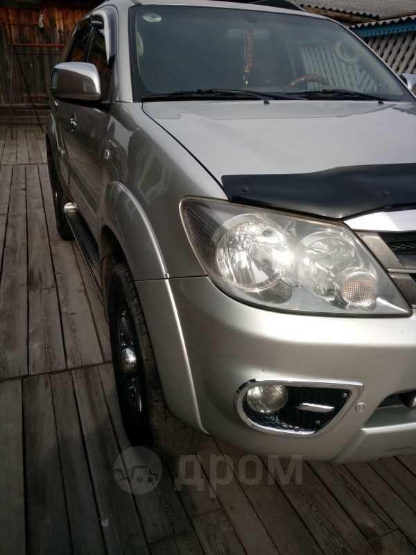 Toyota Fortuner, 2006 год, 1 100 000 руб.