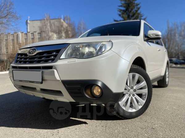 Subaru Forester, 2011 год, 915 000 руб.