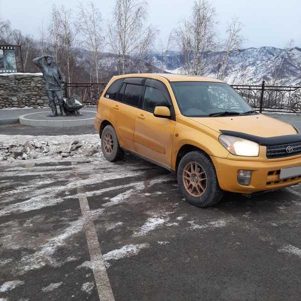 Toyota RAV4, 2000 год, 390 000 руб.