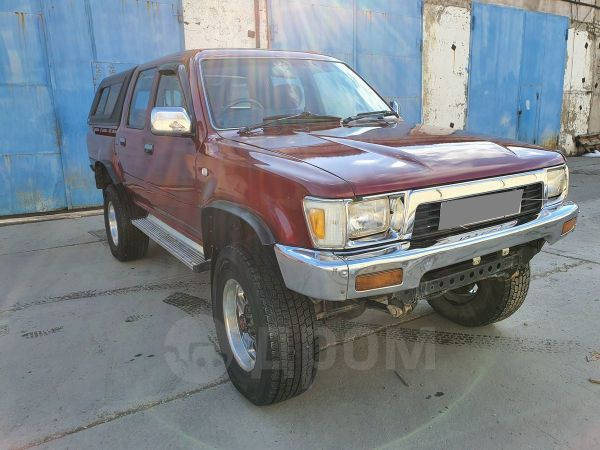 Toyota Hilux Pick Up, 1990 год, 615 000 руб.