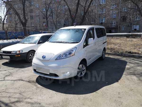 Nissan e-NV200, 2014 год, 750 000 руб.