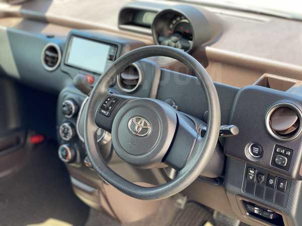 Toyota Spade, 2015 год, 650 000 руб.