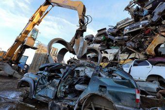 Правительство перенесло срок оплаты утильсбора для автозаводов