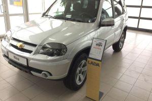 Chevrolet Niva официально сменила бренд на Lada