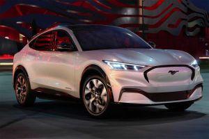 Ford отложил выход двух важных новых моделей