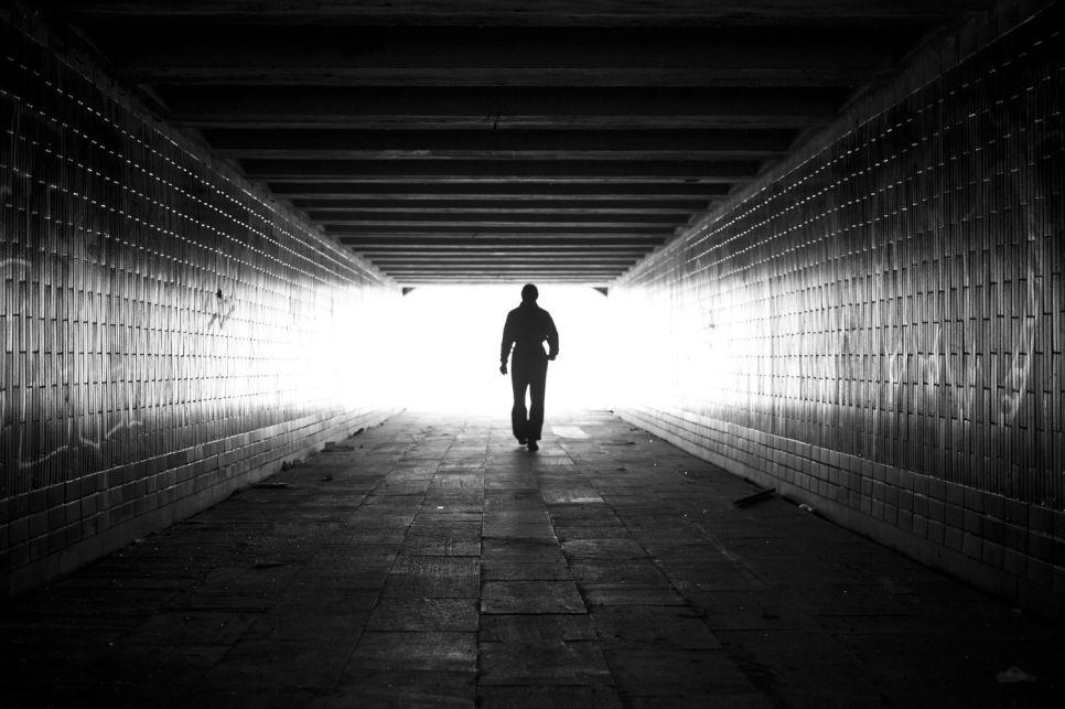 В гостях у «дяди Васи». Итоги мая: свет в конце тоннеля или прожектор встречного поезда?