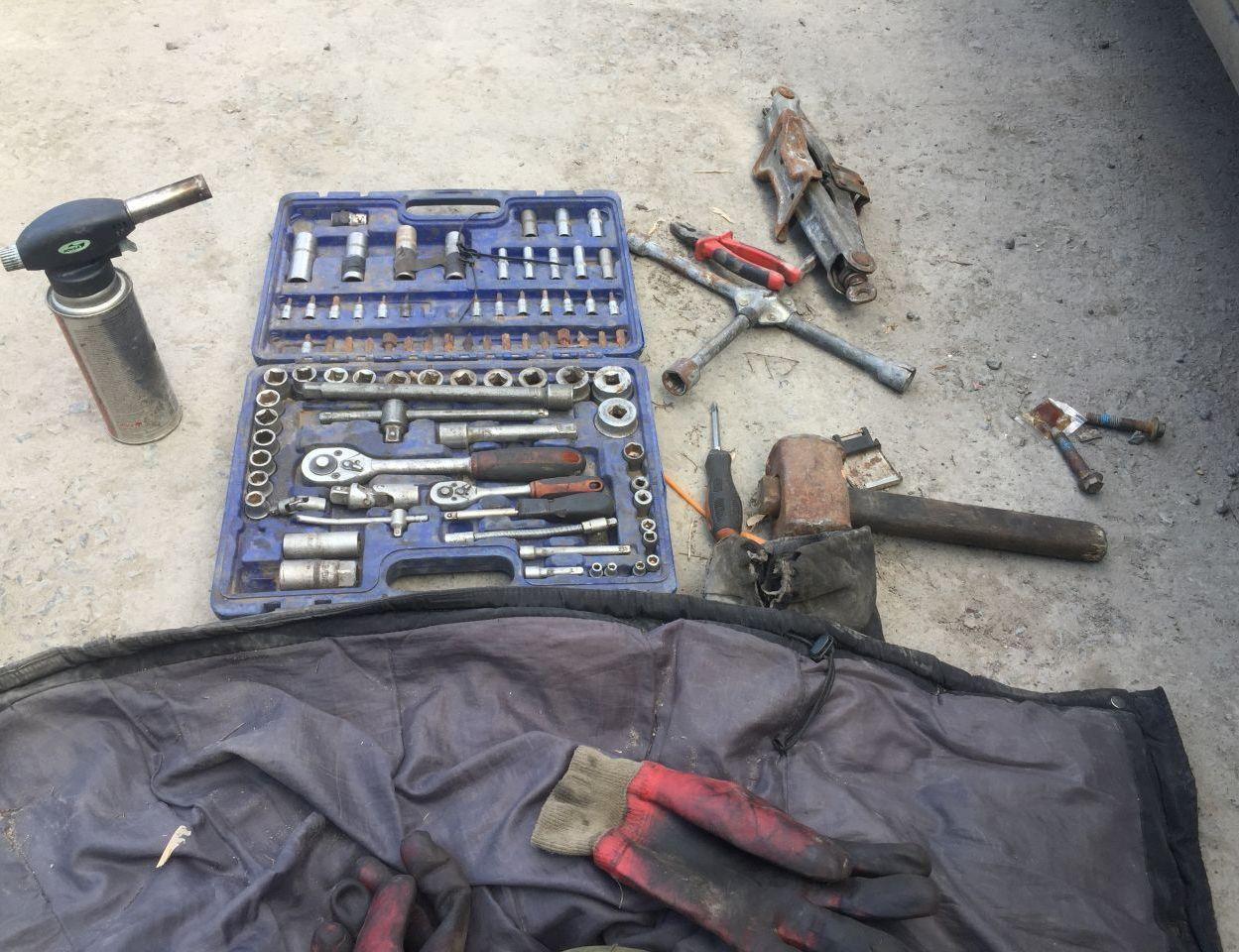 Нехитрый набор для ремонта