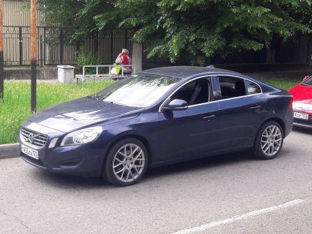 Volvo S60 2011 - отзыв владельца