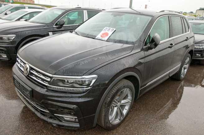 Volkswagen Tiguan, 2020 год, 2 674 000 руб.