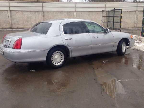 Lincoln Town Car, 2000 год, 650 000 руб.