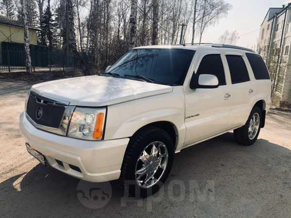Cadillac Escalade, 2001 год, 688 000 руб.