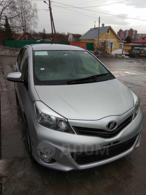 Toyota Vitz, 2014 год, 590 000 руб.