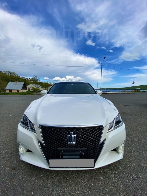 Toyota Crown, 2014 год, 1 630 000 руб.