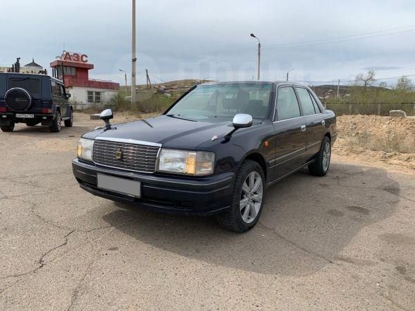 Toyota Crown, 2000 год, 311 000 руб.