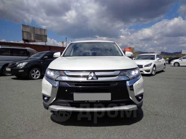 Mitsubishi Outlander, 2015 год, 1 375 000 руб.