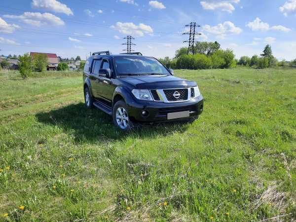 Nissan Pathfinder, 2011 год, 939 000 руб.