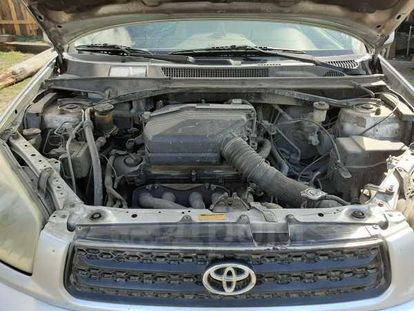 Toyota RAV4, 2003 год, 400 000 руб.