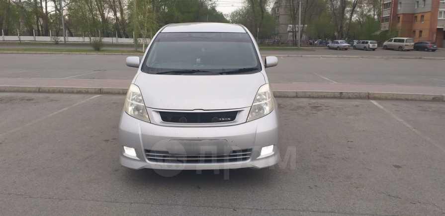 Toyota Isis, 2005 год, 535 000 руб.
