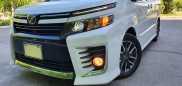 Toyota Voxy, 2015 год, 1 435 000 руб.