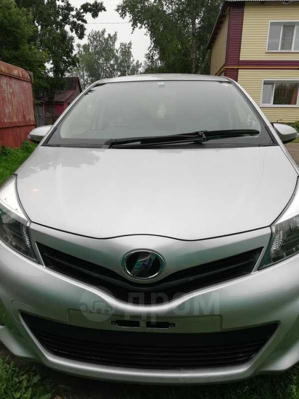 Toyota Vitz, 2014 год, 565 000 руб.