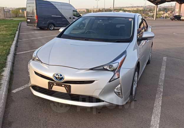 Toyota Prius, 2016 год, 1 159 000 руб.