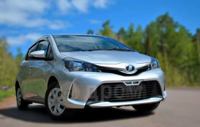 Toyota Vitz, 2015 год, 545 000 руб.