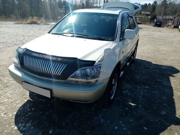 Toyota Harrier, 2000 год, 525 000 руб.