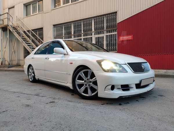 Toyota Crown, 2004 год, 330 000 руб.