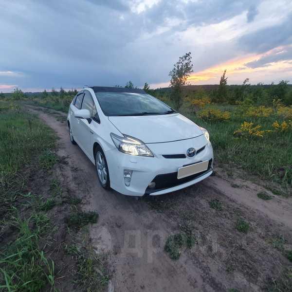 Toyota Prius, 2012 год, 970 000 руб.