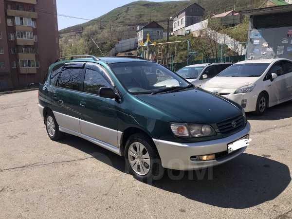 Toyota Ipsum, 1997 год, 315 000 руб.