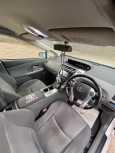 Toyota Prius a, 2011 год, 980 000 руб.