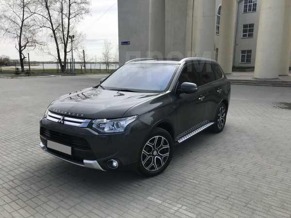 Mitsubishi Outlander, 2014 год, 1 500 000 руб.