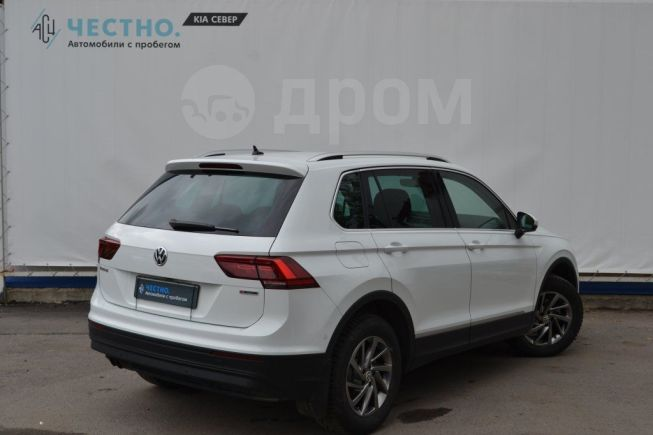 Volkswagen Tiguan, 2018 год, 1 399 800 руб.