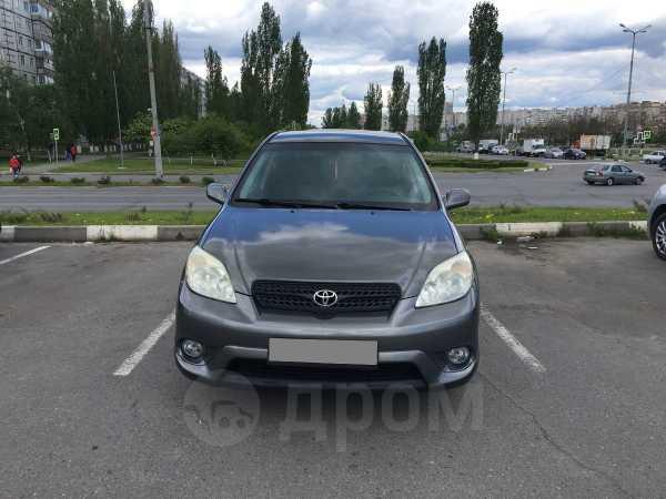Toyota Matrix, 2004 год, 335 000 руб.