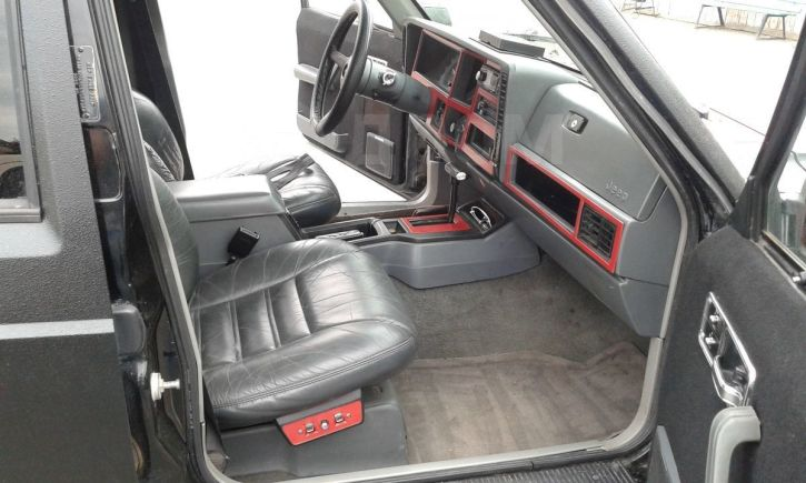 Jeep Cherokee, 1990 год, 345 000 руб.