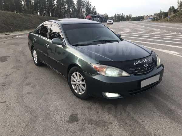 Toyota Camry, 2002 год, 490 000 руб.